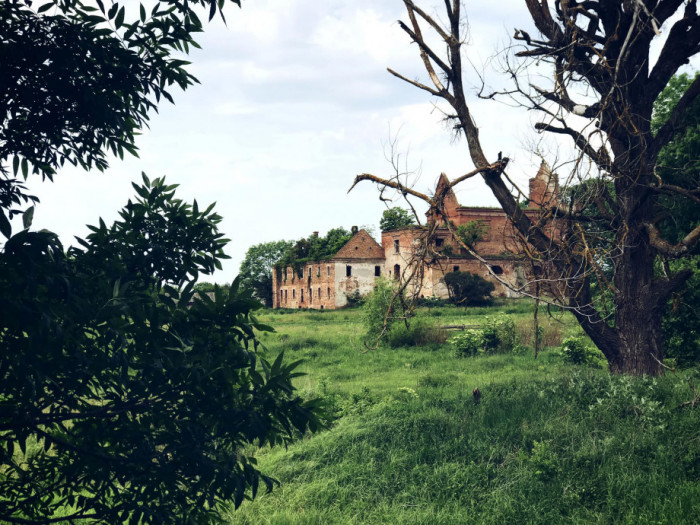 Монастир та Костел кармелітів у Кисилині