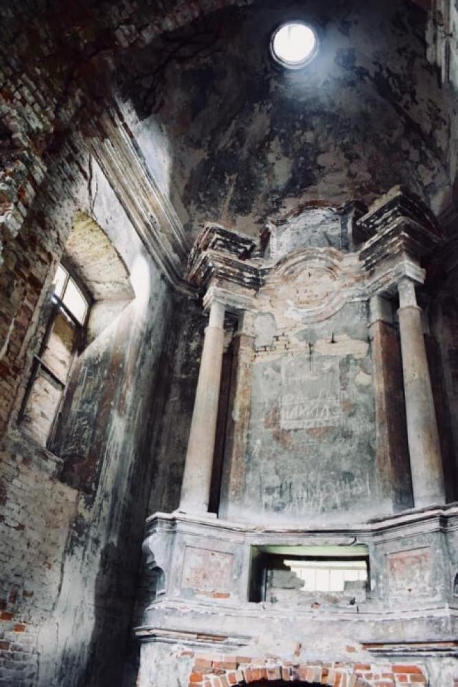 Свято-Троїцький костел у Берестечку