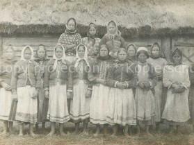Мешканки села Кримне, Камінь-Каширського району