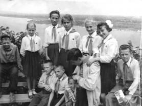 Випускний 1966 року у Колківській школі