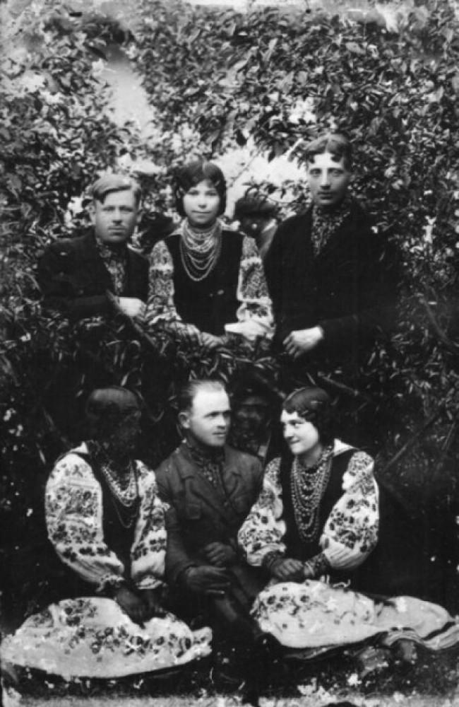 Молодь із волинського села