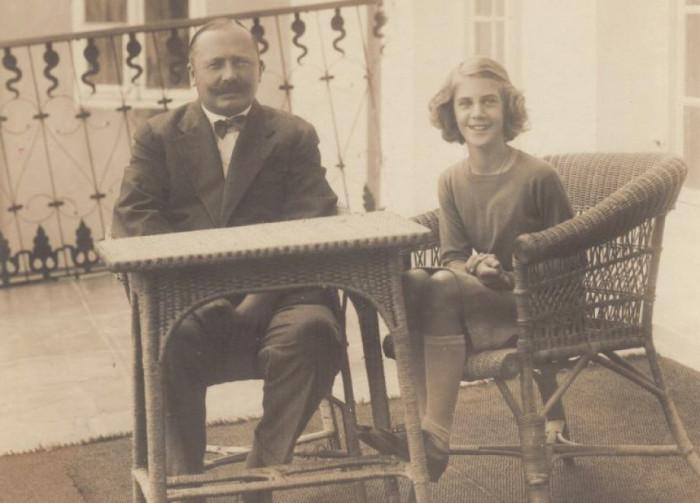Ельжбета Радзивілл з батьком в Несвіжі
