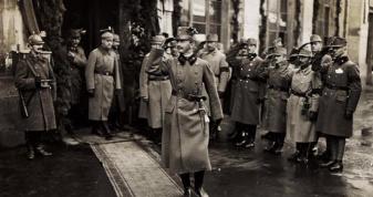 Останній Габсбург, Імператор Карл І в Ковелі