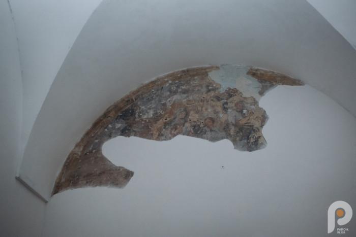 Частина фрески, яка дивом вціліла