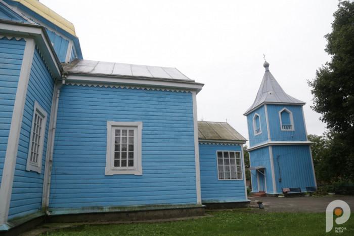Нинішній храм був повністю відбудований в 1853 році на кошти населення містечка.