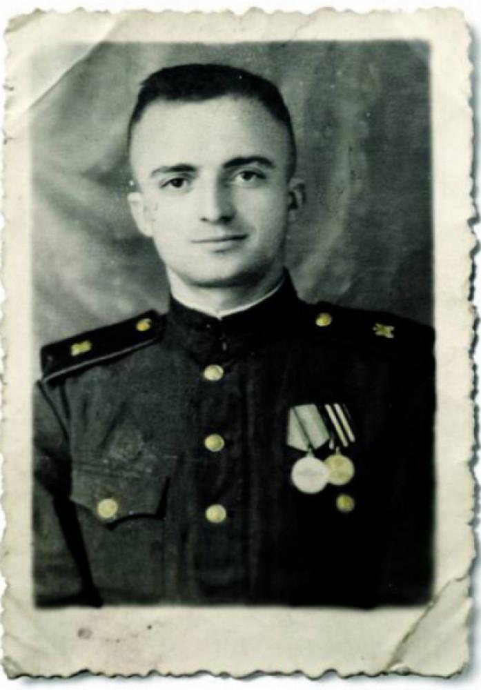 Євген Грицяк після війни, 1946
