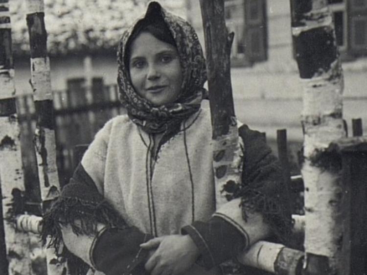 Волинські діти на столітніх світлинах