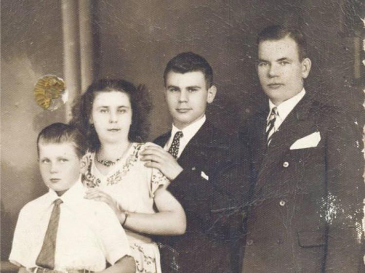 Родина жителя ЛюбомляМиколи Тимощука