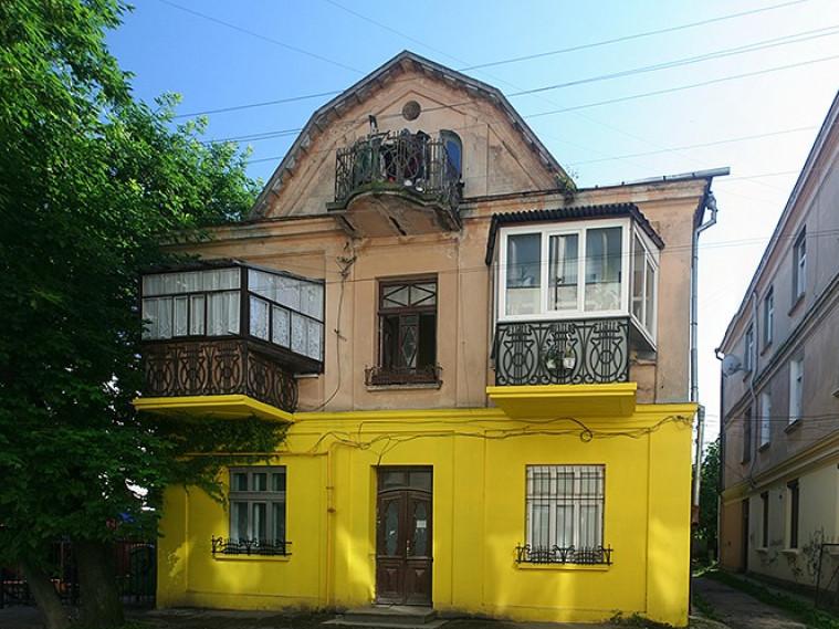 Старовиннийбудинок на сучасній вулиці Крилова у Луцьку має цікаву історію