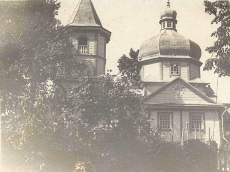 Церква у Бережцях