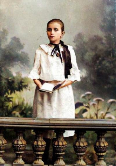 Дівчинка з Ковеля, початок ХХ cт. Фотосалон «Епштейн»