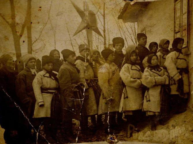 Вертеп храму Різдва Пресвятої Богородиці, Березне, 1918 р.