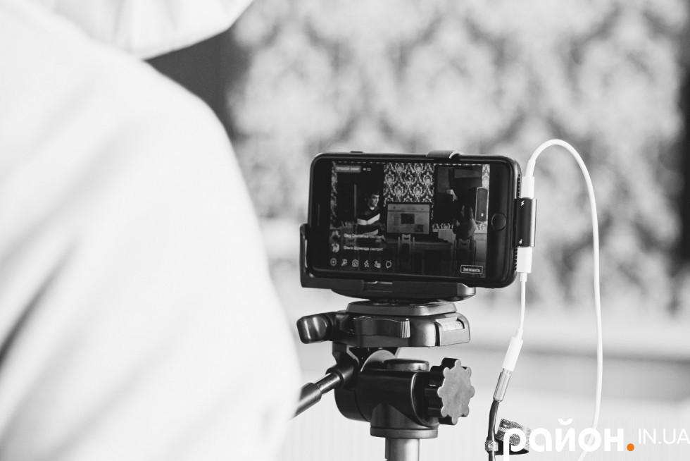 Трансляцію свята забезпечив Віталій Поліщук зі студії щастя«Кулька-Булька» та журналістка Оксана Кашталян