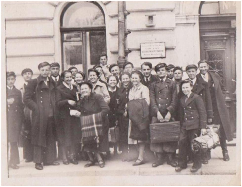 Учні гімназії у Луцьку
