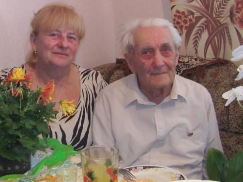 Павло Пац з донькою Надією у день 90-річного ювілею