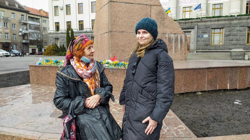 Зустріч з Оленою Бурдаш в центрі Луцька
